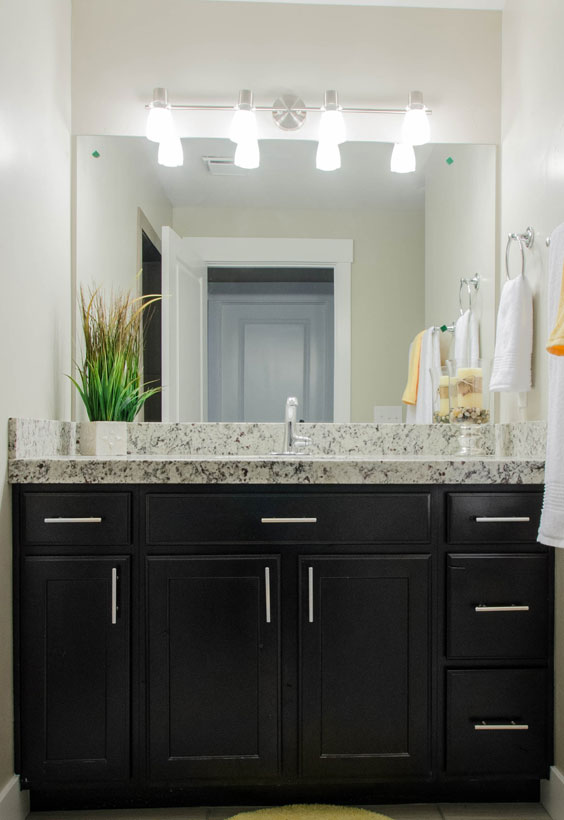 Bathroom renovations and custom vanities in las vegas - Bathroom remodeling las vegas nv ...