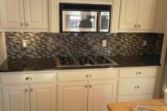 Glass-backsplash-12