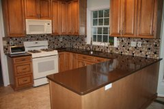 photoskitchen8-brown-glass-tile-mosaic-backsplash